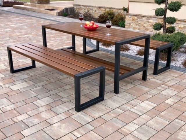 stół nowoczesny z ławkami bez oparcia
