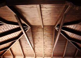 drewniane garaże i wiaty samochodowe